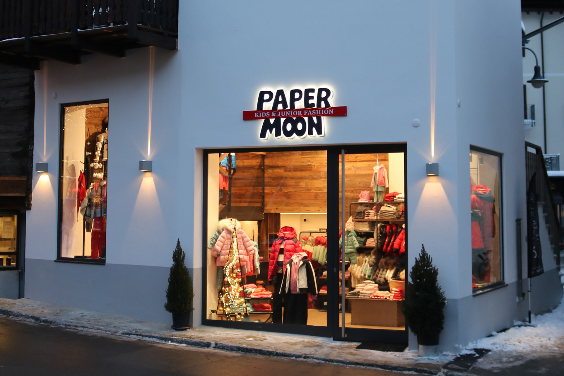 Paper Moon Boutique